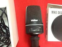 Profound USB microphone *Almost New*