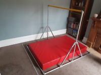 Gymnastic Bar and Crash Mat (Suitable for Indoor or Outdoor use)