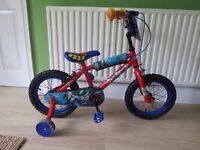 """GREAT BOYS 14"""" WHEELED """"SPIDERMAN"""" BIKE WITH STABLIZERS.GOOD CONDITION,READY TO RIDE AWAY TODAY."""