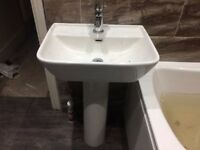 Very good condition 520mm sink with pedestal and tap