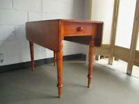 VINTAGE MAHOGANY PEMBROKE STYLE DROP LEAF DINING TABLE KITCHEN TABLE WITH ONE DRAWER FREE DELIVERY