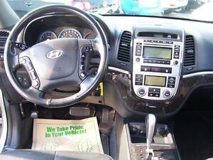 2009 Hyundai Santa Fe Limited/Leather/Sunroof/New tires/AWD Kitchener / Waterloo Kitchener Area image 9