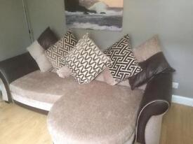 4&2 seater sofas excellent condition