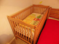 Baby Cot / Toddler Bed