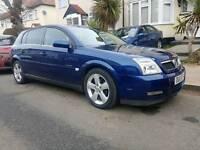 Vauxhall signum 2.0DTi year (2005)