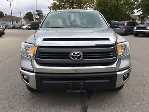 2015 Toyota Tundra 4x4 CrewMax SR5 5.7 6A London Ontario image 9