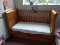 Izzywotnot Sleigh Cot Bed