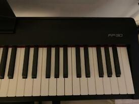 Digital piano - Roland fp90