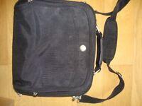 "Dell Laptop Bag for 19"" Laptop"