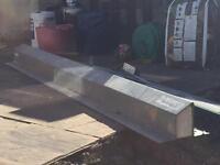Cavity steel lintel