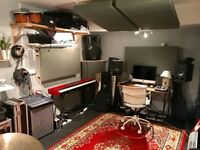 Lovely rehearsal room / recording studio / music production / mixing room. Monthly hire from £80 pm