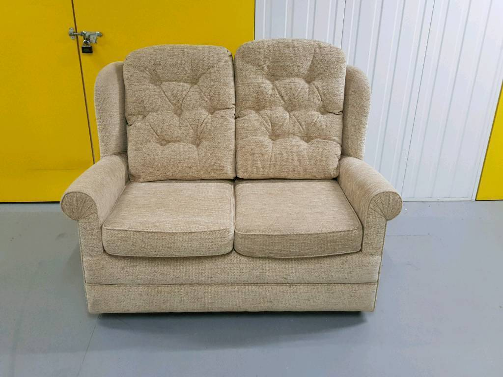 Hsl 2 Seater Sofas Brokeasshome Com