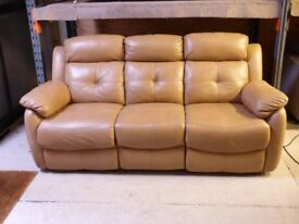 TAN LEATHER 3 SEATER ELECTRIC RECLINER SOFA - EXCELLENT - MUST GO ASAP - CHEAP DELIVERY - £250
