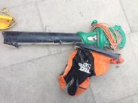 Black & Decker garden vac leaf blower
