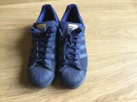 Men's superstar adidas trainers size 8