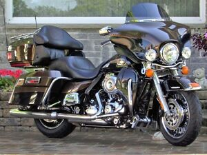 2013 harley-davidson Electra Glide Ultra Limited   ONLY 1 Owner  London Ontario image 1