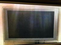 "SONY LCD TV 40"" INCLUDING THE WALL BRACKET"