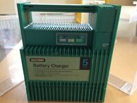 5 Amp Halfords car battery charger for sale