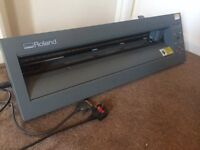 Roland Camm-1 cx-24 vinyl cutter. Has a dial missing but works fine without it.