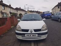 Clio for sale 2001 white , great wee car