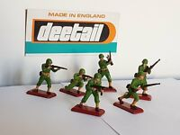 Britains Deetail WW2 U.S Infantry 1st Issue Maroon Bases Ultra - Rare Full Set