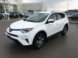 2016 Toyota RAV4 LE with Upgrade Package ! Super clean and ready