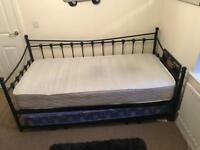 Single Day Bed and pull out single bed