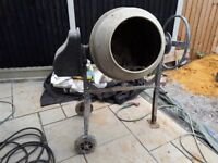 Used Switzer 180L 240V Cement Mixer