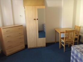 Huge Double room available from £140per week (all bills included) , 3-minutes' from Dollis Hill