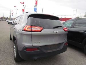 2016 Jeep Cherokee North | 4X4 | ONE OWNER | BLUETOOTH London Ontario image 4