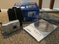 Olympus X-760 6MP digital camera, Boxed with 1GB SD card and camera case