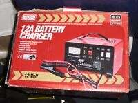 Maypole 716 12A Metal Battery Charger 12/24V