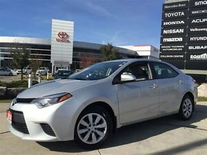 2014 Toyota Corolla LE REVERSE CAMERA HEATED SEATS 1 OWNER TOYOT