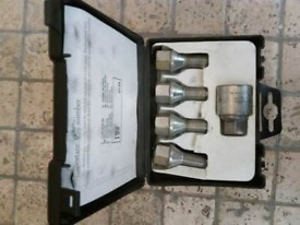 Car parts, Wauxal Astra bolts in a box