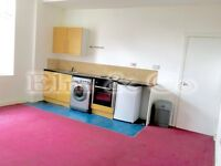 Flat to rent in Stockport SK1, 1 Bedroom at £425 (pcm)