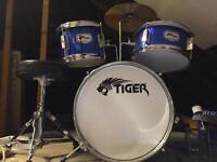 Tiger child's drum kit