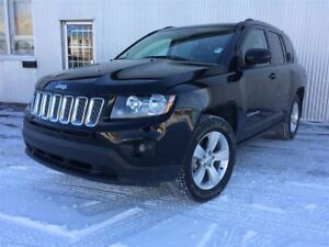 2016 Jeep Compass North edtion, 4X4, BLUETOOTH, BACKUP CAM.