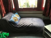 Green Chaise Longue for FREE! Collection Only.