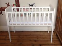 Mothercare Hyde Crib with Airflow Foam Mattress £20 ONO