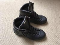 Hill walking Boots