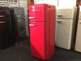 LOVELY GLOSSY RED FAB30 SMEG.WITH WARRANTY. CAN DLIVER/View.
