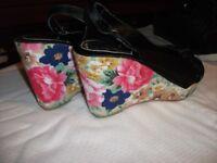 Elegance Size 8 Floral Design Wedge Sandal