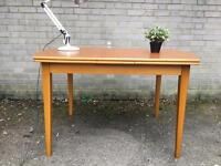 LOVELY VINTAGE TABLE EXTENDABLE FREE DELIVERY RETRO VINTAGE MIDCENTURY 🇬🇧
