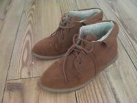 Ladies Brown Boots Size 6
