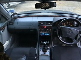 Mercedes Benz 1.8 1997 Saloon ** MINT CONDITION ** block manual 1800 cc very fast and comfi