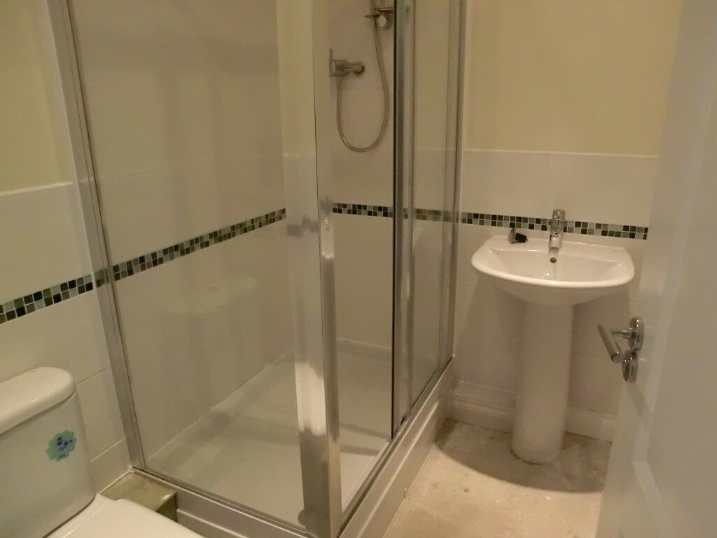 Full Shower Set - Mira Thermostatic Shower with Cada Enclosure and ...