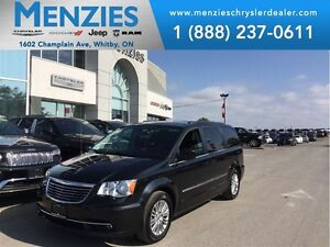 2015 Chrysler Town & Country Touring-L, DVD, Bluetooth, Clean Ca