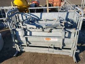 Ritchie sheep turnover crate farm livestock tractor