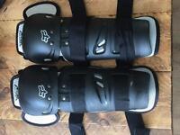 Fox motocross Shin and knee pads. Adults.