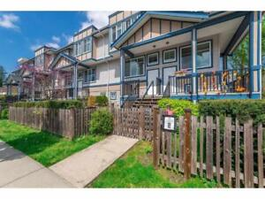 61 13899 LAUREL DRIVE Surrey, British Columbia